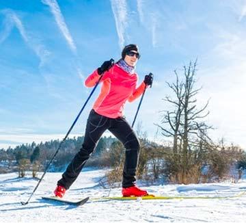 women-nordic-skier